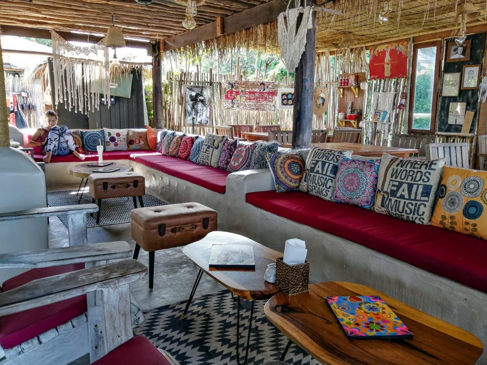 Le Lounge Bar La Bohemia beach